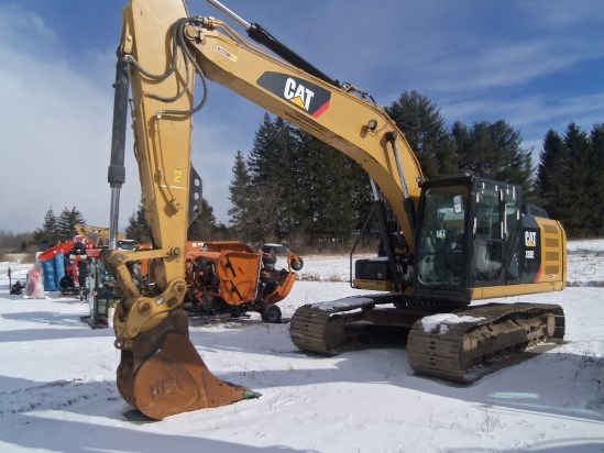 Caterpillar 320E Excavator-Track For Sale