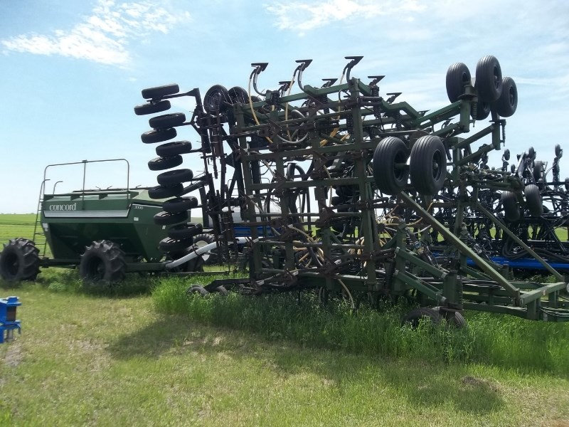 1995 Concord 5710 Air Drill For Sale