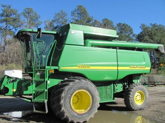 2001 John Deere 9650 STS Combine For Sale