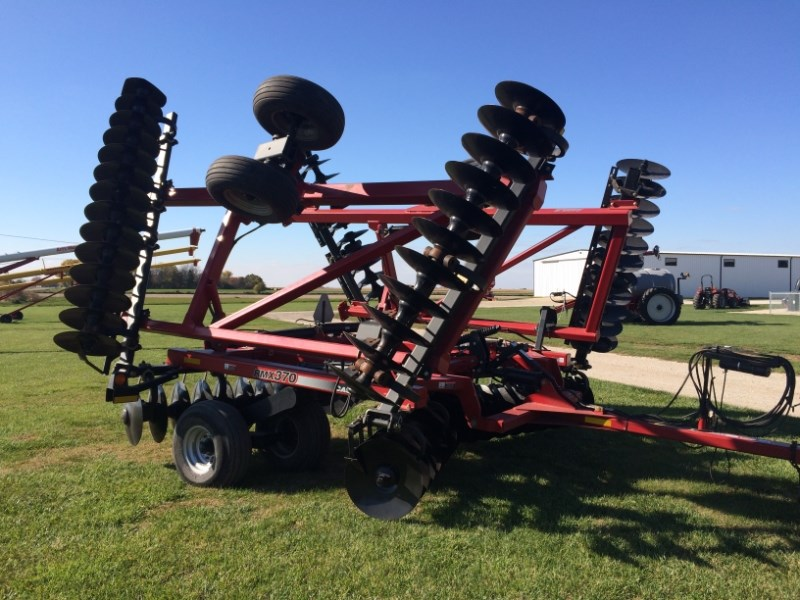 2004 Case IH RMX 370 Disk Harrow For Sale