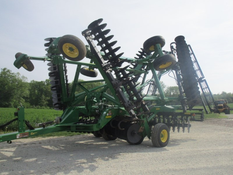 John Deere 2623VT Vertical Tillage For Sale
