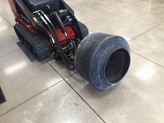 Toro 22442 Feeder Wagon-Portable For Sale