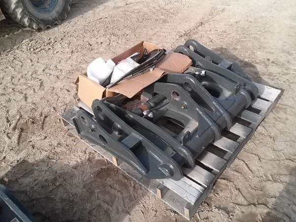 2012 GEM WA200QC Loader Coupler For Sale