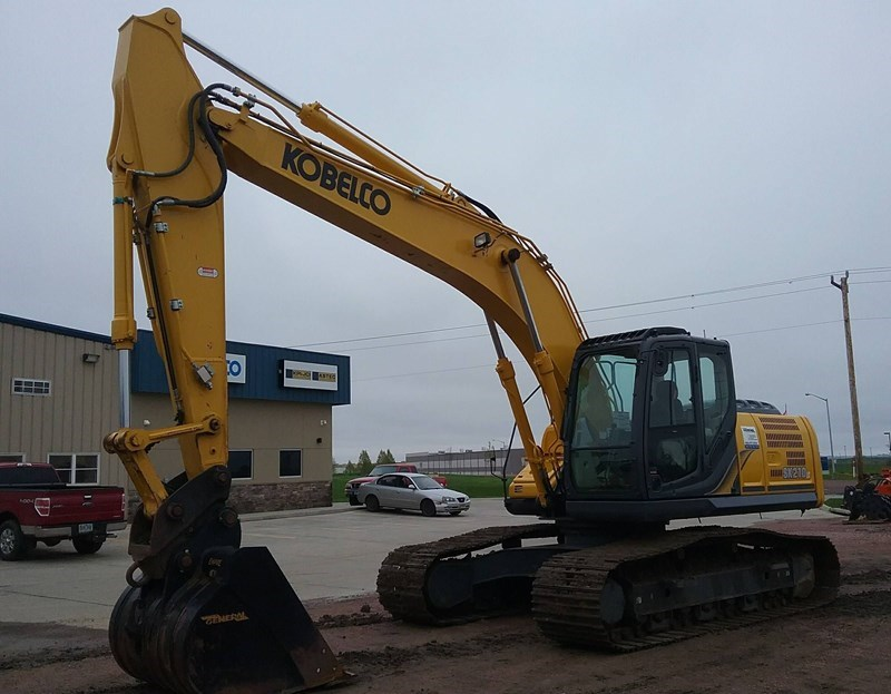 2015 Kobelco SK210LC-9 Excavator For Sale