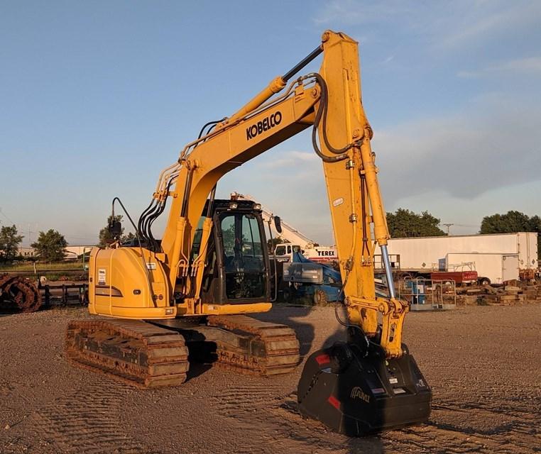 2016 Kobelco SK140SRLC-3 Excavator For Sale