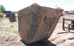 Excavator Bucket For Sale:  2010 RAVELING PC400S