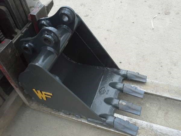 2014 WAHPETON FABRICATION SK27GP18 Excavator Bucket For Sale