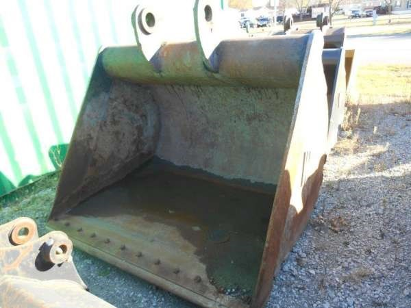WAHPETON FABRICATION 330D72 Excavator Bucket For Sale