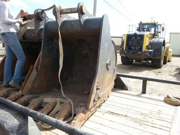 2015 Hensley PC240GP42 Excavator Bucket For Sale