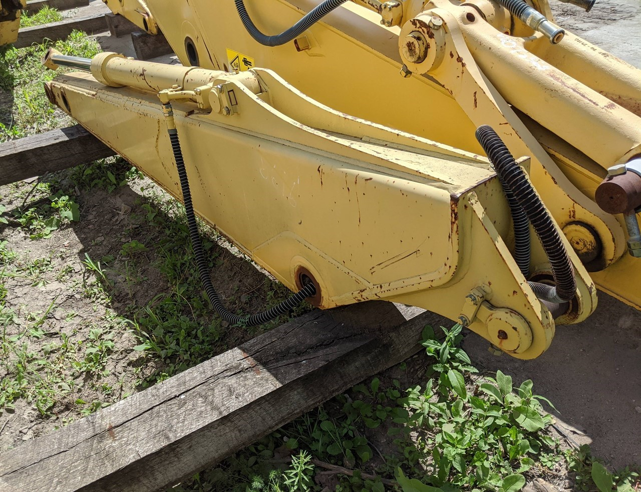 2000 Komatsu PC120-6L-ARM Excavator Attachment For Sale
