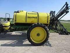 Sprayer-Pull Type For Sale 2003 Bestway FIELD-PRO II