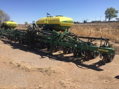 Planter For Sale 2011 John Deere 1720 CCS