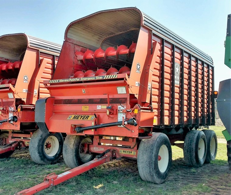 2005 Meyer 4516 Forage Box-Wagon Mounted For Sale