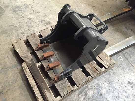 Bobcat BKMX3 Bucket For Sale