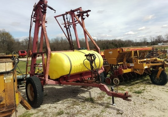 Homemade 500 GALLON Sprayer-Pull Type For Sale