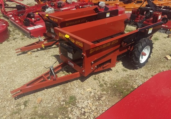 2016 Pequea (NEW) MS25G Manure Spreader-Dry/Pull Type For Sale
