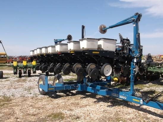 2003 Kinze 3500 Planter For Sale