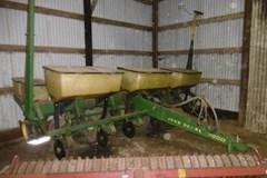 Planter For Sale John Deere 7000