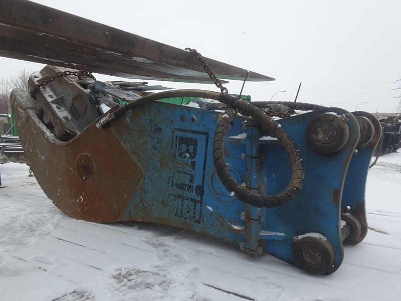 2016 Other MCP800 Excavator Attachment For Sale