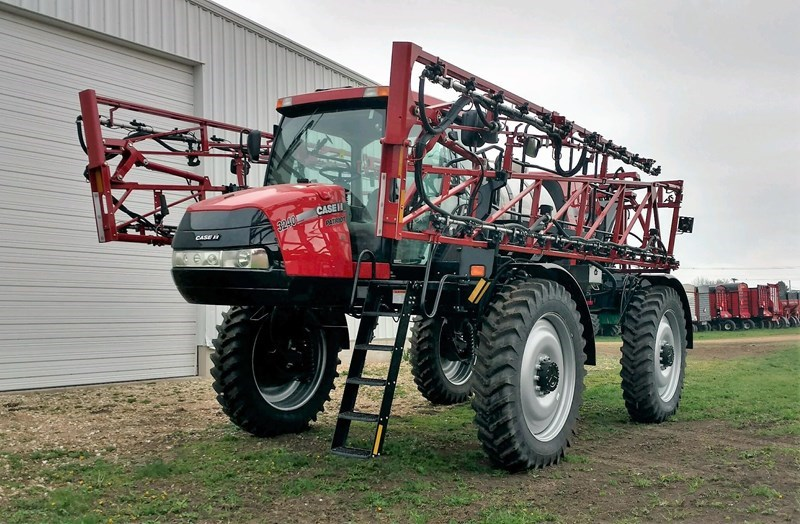 2014 Case IH PATRIOT 3240 Sprayer-Self Propelled For Sale