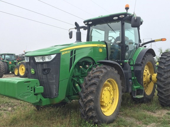 2014 John Deere 8295R Tractor For Sale