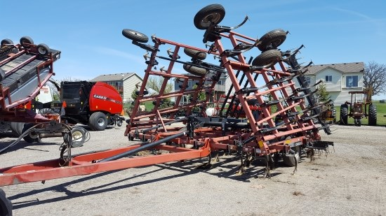 2006 Case IH 34.5 4BAR Field Cultivator For Sale