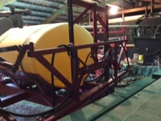 Demco 800 Sprayer-Pull Type For Sale
