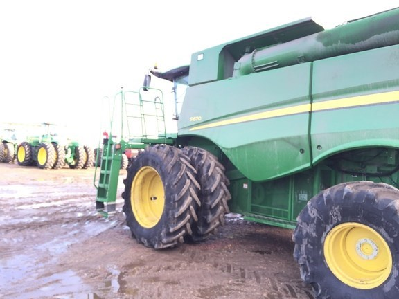 2013 John Deere S670 Combine For Sale