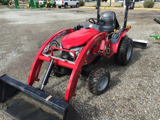 2015 Mahindra Emax 25L Tractor For Sale