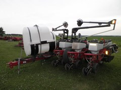 Planter For Sale 2002 White 8200