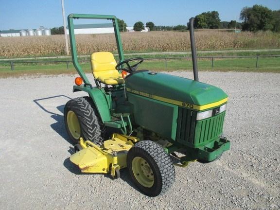 1990 John Deere 670 Tractor For Sale