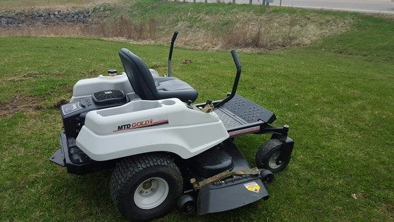 Mtd Gold Lawn Tractor : Mtd gold riding mower for sale theriaultequip