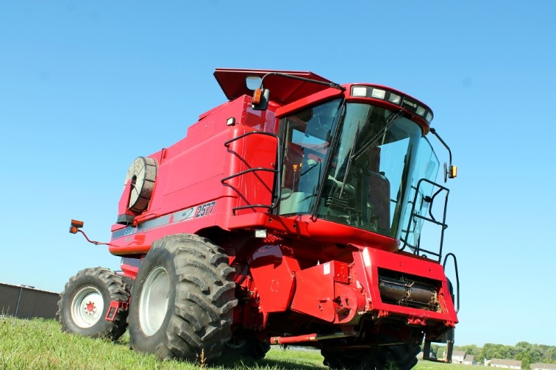 2007 Case IH 2577 Combine For Sale