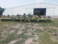 Planter For Sale:  John Deere 7300