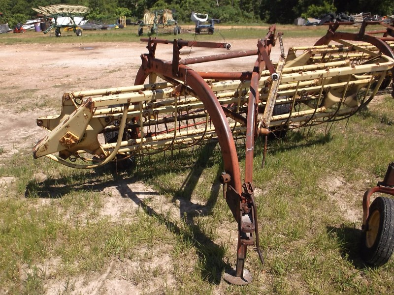 New Holland  Hay Rake-Wheel For Sale