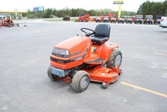 Riding Mower For Sale:  1991 Kubota G2000