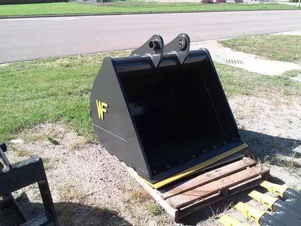 2014 WAHPETON FABRICATION PC138D48 Excavator Bucket For Sale