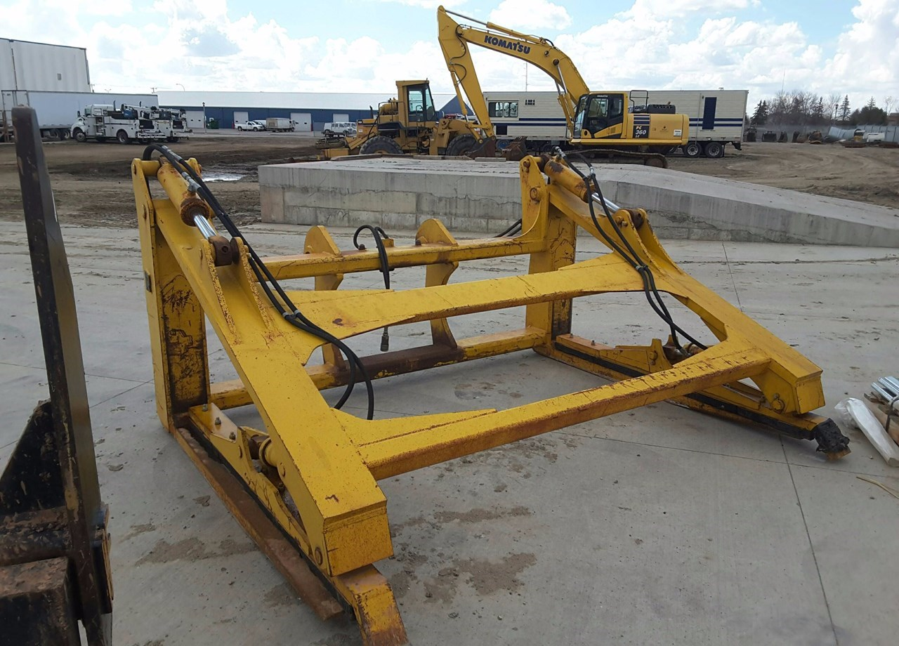 2012 Rockland WA320F-PG Loader Fork For Sale