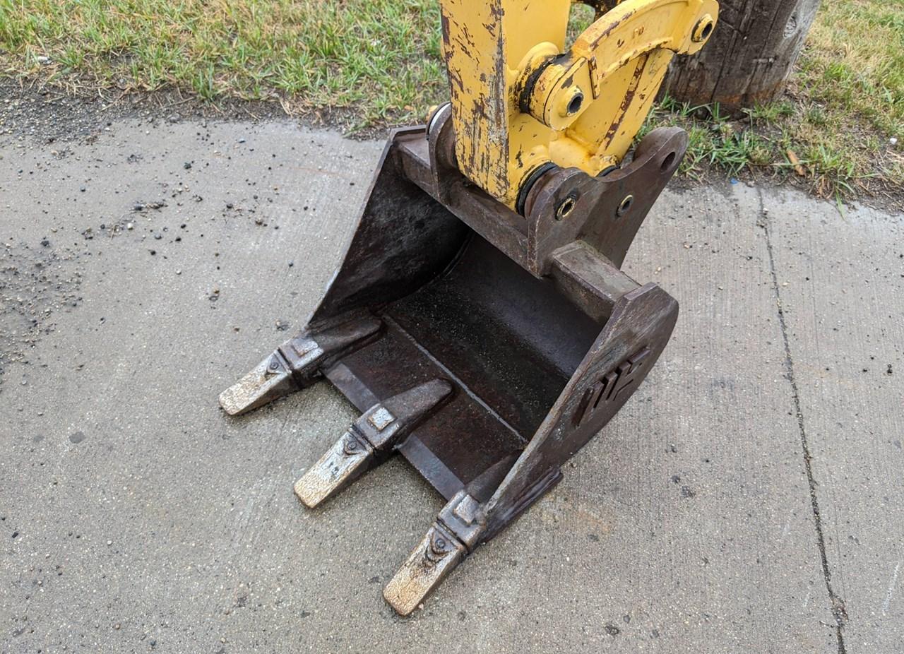 2015 Werk-Brau SK17GP16 Excavator Bucket For Sale