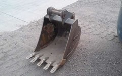 Excavator Bucket For Sale:  Komatsu PC88GP24