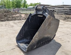 Excavator Bucket For Sale:  EMPIRE PC300S