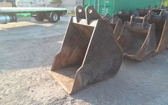 Excavator Bucket For Sale:  2015 EMPIRE PC210BB44