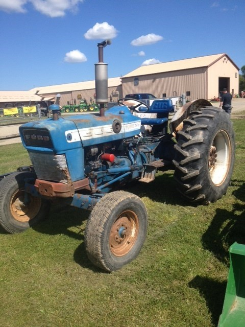 Vaughn Mower Fstdt: 1965 Ford 4000 With Sicklebar Mower Tractor For Sale » Z&M