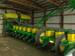 Planter For Sale 2009 John Deere 1770