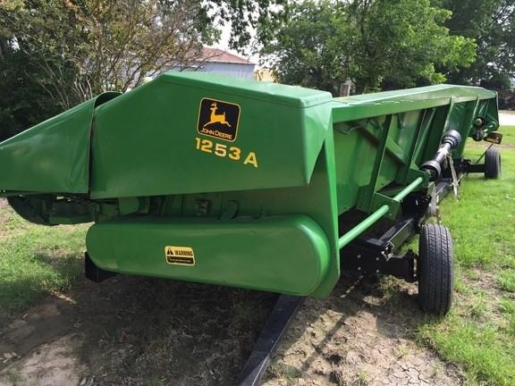 2001 John Deere 1253A Header-Corn For Sale