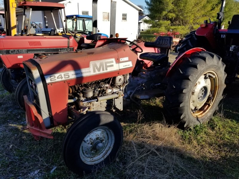 1976 Massey Ferguson 245 GAS Tractor For Sale