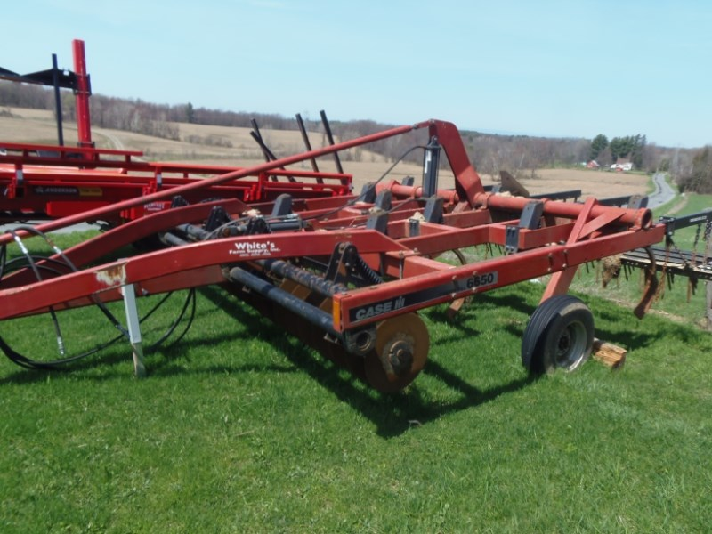 Case IH 6650 CHISEL PLOW Tillage For Sale