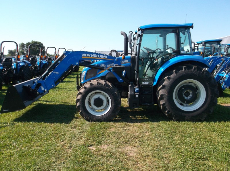 2016 New Holland (NEW) T4.110 Utility 4x4 w/ Loader Tractor For Sale