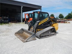 Skid Steer-Track  2015 New Holland C238