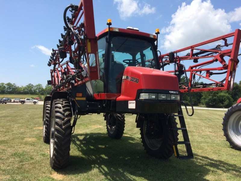 2011 Case IH 3230 Sprayer-Self Propelled For Sale